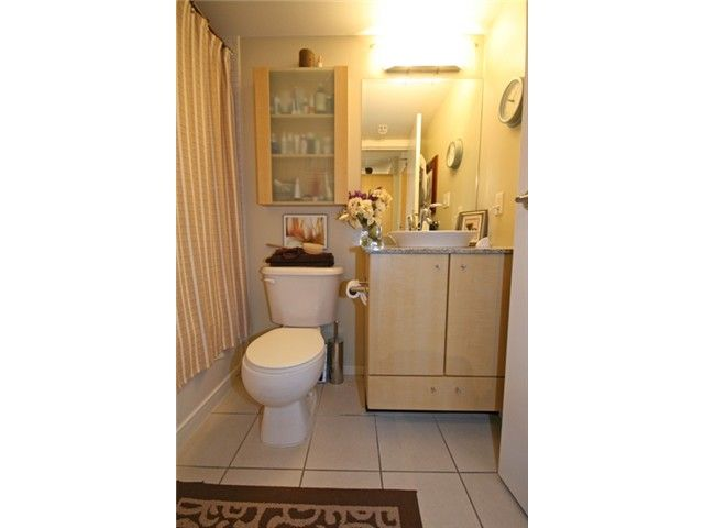"""Photo 8: Photos: 1402 1199 SEYMOUR Street in Vancouver: Downtown VW Condo for sale in """"BRAVA"""" (Vancouver West)  : MLS®# V877625"""