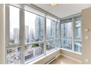 """Photo 4: 1304 833 SEYMOUR Street in Vancouver: Downtown VW Condo for sale in """"Capitol Residences"""" (Vancouver West)  : MLS®# R2504631"""