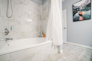 """Photo 28: 54 10038 150 Street in Surrey: Guildford Townhouse for sale in """"Mayfield Green"""" (North Surrey)  : MLS®# R2585108"""
