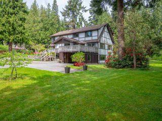 Photo 1: 1249 ROBERTS CREEK ROAD in Sechelt: Roberts Creek House for sale (Sunshine Coast)  : MLS®# R2267068