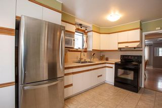Photo 9: 70 Handyside Avenue in Winnipeg: St Vital Residential for sale (2D)  : MLS®# 202101335