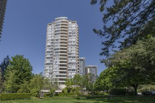 """Photo 3: 2102 5885 OLIVE Avenue in Burnaby: Metrotown Condo for sale in """"METROPOLOTAN"""" (Burnaby South)  : MLS®# R2600290"""