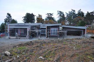 Photo 3: 1119 Totem Lane in Saanich: SE Cordova Bay House for sale (Saanich East)  : MLS®# 858786