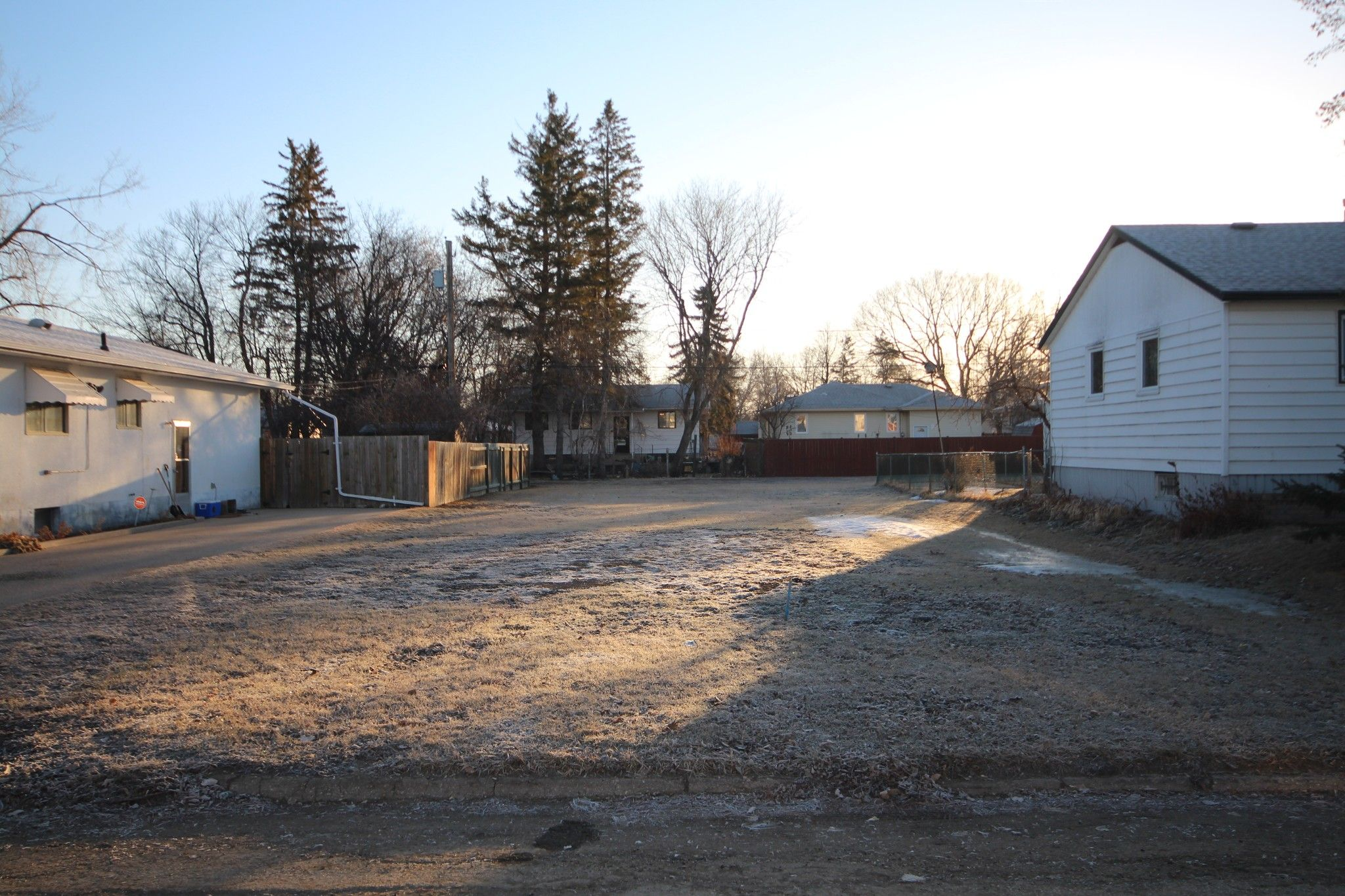 Main Photo: 108 16th Street NW in Portage la Prairie: Vacant Land for sale : MLS®# 202105990