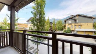 """Photo 21: 1282 STONEMOUNT Place in Squamish: Downtown SQ Townhouse for sale in """"Streams at Eaglewind"""" : MLS®# R2481347"""