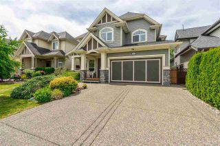 Photo 1: 7283 201 Street in Langley: Willoughby Heights House for sale : MLS®# R2379997