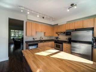 Photo 14: 7111 MONT ROYAL SQUARE in Vancouver: Champlain Heights Townhouse for sale (Vancouver East)  : MLS®# R2611026