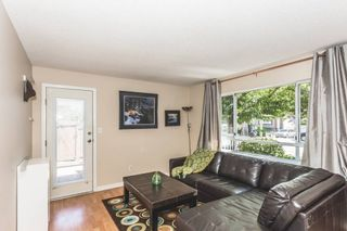 Photo 4: 204 15991 THRIFT AVENUE: White Rock Home for sale ()  : MLS®# R2098488