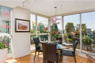 """Photo 8: PH3 555 JERVIS Street in Vancouver: Coal Harbour Condo for sale in """"HARBOURSIDE PARK II"""" (Vancouver West)  : MLS®# R2578170"""