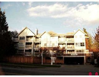 """Photo 1: 102 9668 148TH Street in Surrey: Guildford Condo for sale in """"Hartford Woods"""" (North Surrey)  : MLS®# F2708575"""
