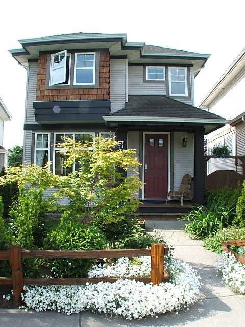 Main Photo: 14944 56A Av in Surrey: House for sale