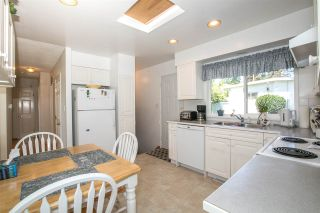 Photo 7: 1739 DANSEY Avenue in Coquitlam: Central Coquitlam House for sale : MLS®# R2100679