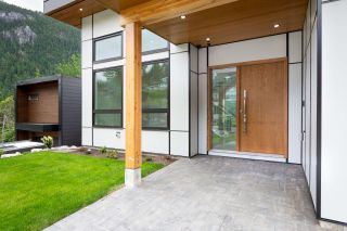 Photo 29: 2204 WINDSAIL PLACE in Squamish: Plateau House for sale : MLS®# R2464154