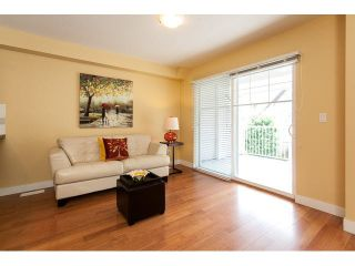 """Photo 10: 44 6555 192A Street in Surrey: Clayton Townhouse for sale in """"The Carlisle"""" (Cloverdale)  : MLS®# R2037162"""