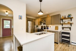 Photo 8: 8 Murray Street in Dartmouth: 10-Dartmouth Downtown To Burnside Residential for sale (Halifax-Dartmouth)  : MLS®# 202118815