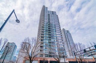 """Photo 2: 1907 939 EXPO Boulevard in Vancouver: Yaletown Condo for sale in """"Max 2"""" (Vancouver West)  : MLS®# R2545296"""
