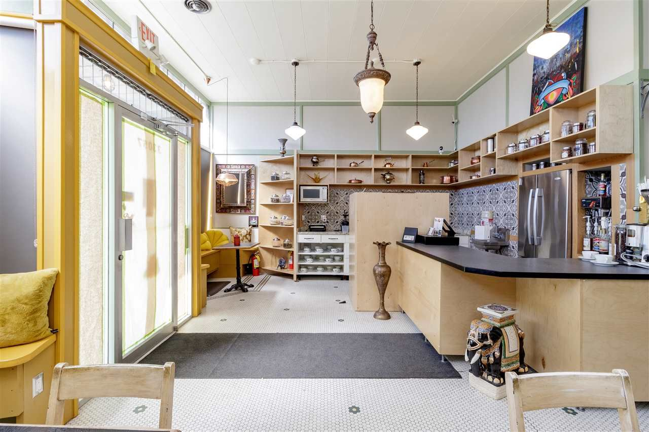 Photo 7: Photos: 33057 1ST AVENUE in Mission: Mission BC Commercial for sale : MLS®# C8033566