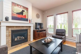 Photo 17: 23 Newstead Cres in VICTORIA: VR Hospital House for sale (View Royal)  : MLS®# 814303