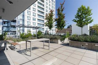 """Photo 11: 515 5598 ORMIDALE Street in Vancouver: Collingwood VE Condo for sale in """"wall centre central park"""" (Vancouver East)  : MLS®# R2560362"""