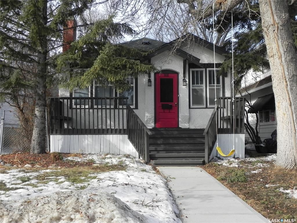 Main Photo: 3132 Robinson Street in Regina: Lakeview RG Residential for sale : MLS®# SK844825