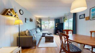 "Photo 12: 10 40157 GOVERNMENT Road in Squamish: Garibaldi Estates Manufactured Home for sale in ""Spiral Trailer Park"" : MLS®# R2593322"