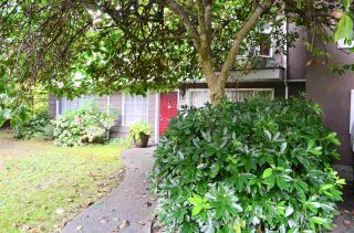 "Photo 3: 2208 KELLY Avenue in Port Coquitlam: Central Pt Coquitlam House for sale in ""Central Port Coquitlam"" : MLS®# R2511180"