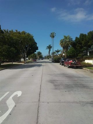 Photo 20: PACIFIC BEACH House for sale : 3 bedrooms : 1360 Beryl Street in San Diego