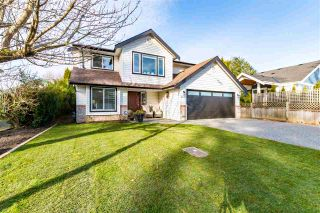Photo 1: 44781 CUMBERLAND Avenue: House for sale in Chilliwack: MLS®# R2546098