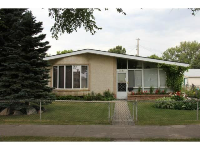 Main Photo: 1197 Cottonwood Road in WINNIPEG: Windsor Park / Southdale / Island Lakes Residential for sale (South East Winnipeg)  : MLS®# 1216110