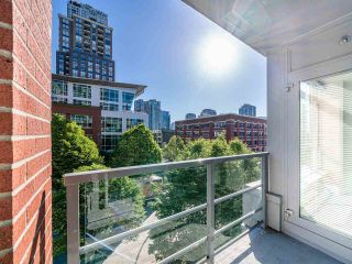 """Photo 10: 409 1133 HOMER Street in Vancouver: Yaletown Condo for sale in """"H&H"""" (Vancouver West)  : MLS®# R2582062"""