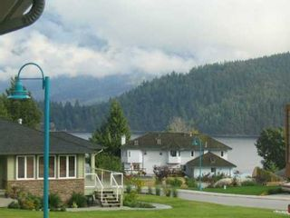 """Photo 2: 6159 HIGHMOOR Place in Sechelt: Sechelt District House for sale in """"THE SHORES"""" (Sunshine Coast)  : MLS®# V612851"""