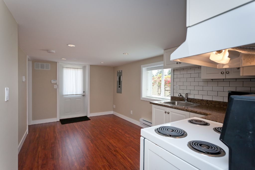 Photo 21: Photos: 369 MUNDY Street in Coquitlam: Coquitlam East House for sale : MLS®# V951722