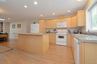 Photo 10: 2296 Townsend Rd in SOOKE: Sk Broomhill Half Duplex for sale (Sooke)  : MLS®# 791506