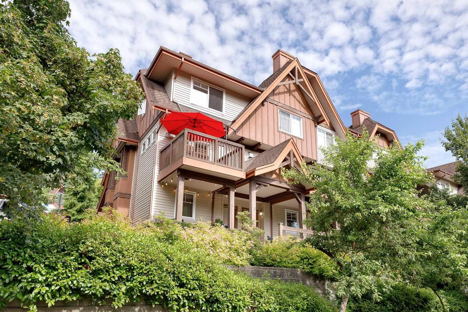 """Main Photo: 70 2000 PANORAMA Drive in Port Moody: Heritage Woods PM Townhouse for sale in """"MOUNTAIN EDGE"""" : MLS®# R2595917"""