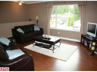 """Photo 6: 34855 CHAMPLAIN in Abbotsford: Abbotsford East House for sale in """"McMillan & Everett area"""" : MLS®# F1011087"""