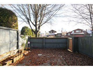 Photo 12: 4 1170 LANSDOWNE Drive in Coquitlam: Eagle Ridge CQ Townhouse for sale : MLS®# V1036197