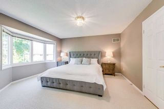 Photo 18: 2116 Eighth Line in Oakville: Iroquois Ridge North House (2-Storey) for sale : MLS®# W5251973