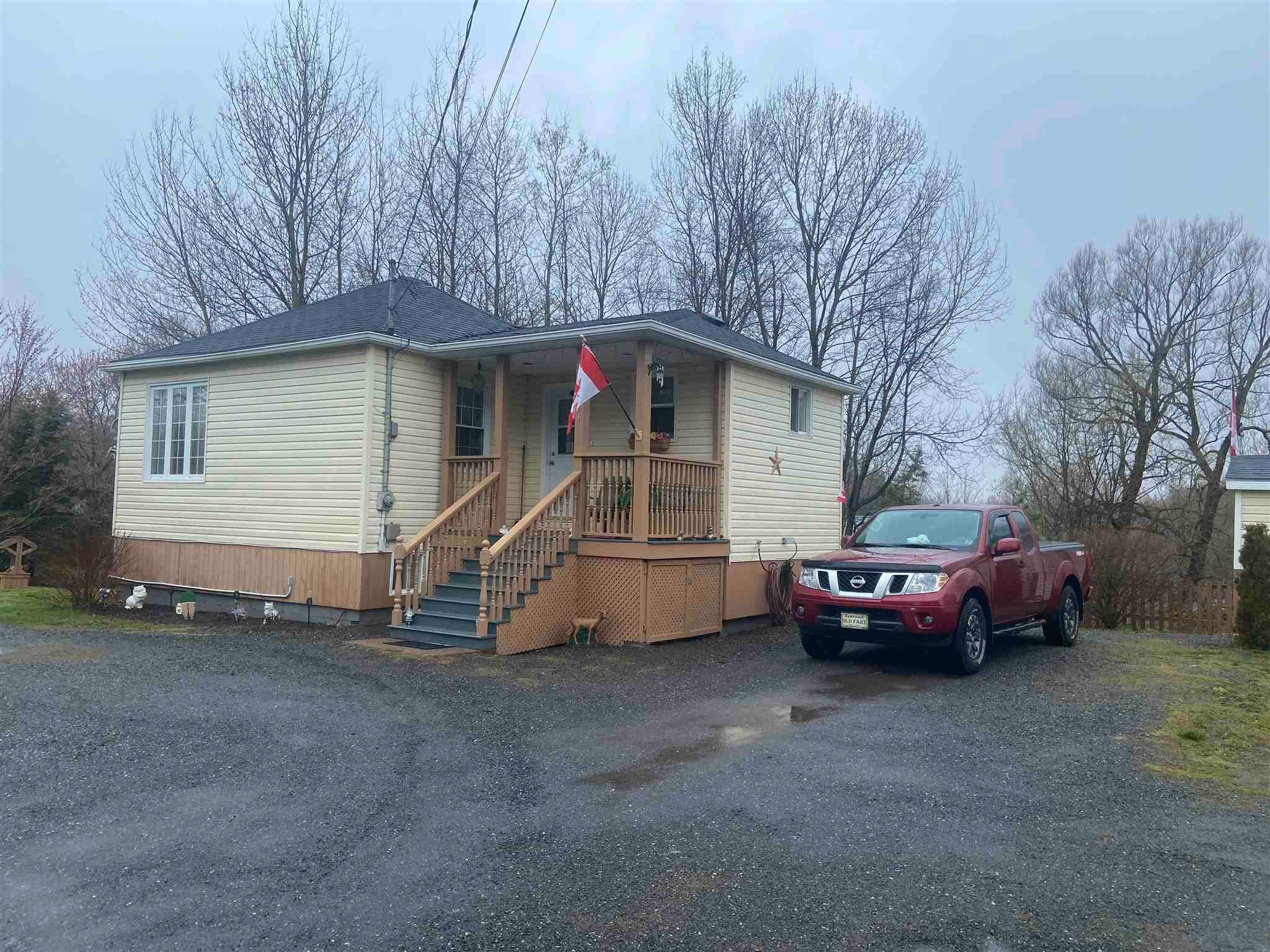 Main Photo: 2423 Westville Road in Westville: 107-Trenton,Westville,Pictou Residential for sale (Northern Region)  : MLS®# 202111180