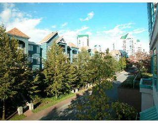 """Photo 7: 301W 3061 GLEN Drive in Coquitlam: North Coquitlam Condo for sale in """"PARC LAURENT"""" : MLS®# V670865"""