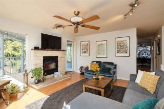 Photo 2: 332 ST. PATRICK'S Avenue in North Vancouver: Lower Lonsdale 1/2 Duplex for sale : MLS®# R2556186