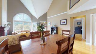 """Photo 7: 306 1468 PEMBERTON Avenue in Squamish: Downtown SQ Condo for sale in """"Marina Estates"""" : MLS®# R2409294"""