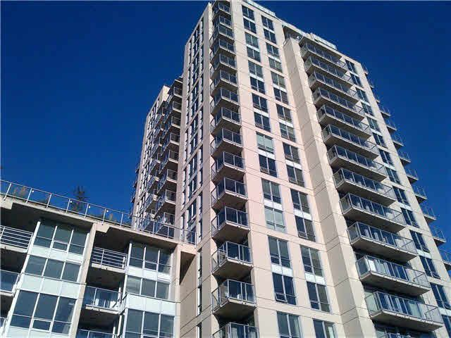 Main Photo: 315 135 E 17TH Street in North Vancouver: Central Lonsdale Condo for sale : MLS®# V1123199