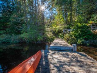 """Photo 36: 13702 CAMP BURLEY Road in Garden Bay: Pender Harbour Egmont House for sale in """"Mixal Lake"""" (Sunshine Coast)  : MLS®# R2485235"""
