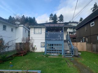 "Photo 5: 14733 GORDON Avenue: White Rock House for sale in ""WHITE ROCK WEST BEACH"" (South Surrey White Rock)  : MLS®# R2528791"