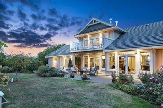 Photo 5: 205 Connemara Rd in : CV Comox (Town of) House for sale (Comox Valley)  : MLS®# 887133