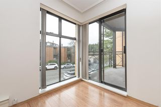 """Photo 7: 201 777 W 7TH Avenue in Vancouver: Fairview VW Condo for sale in """"777"""" (Vancouver West)  : MLS®# R2528531"""
