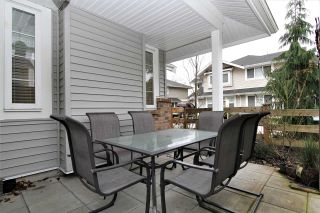 """Photo 12: 24 12161 237 Street in Maple Ridge: East Central Townhouse for sale in """"VILLAGE GREEN"""" : MLS®# R2235626"""