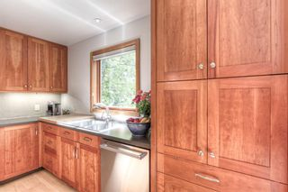 Photo 5: 1819 Westmount Road NW in Calgary: Hillhurst Detached for sale : MLS®# A1147955