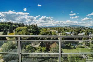 """Photo 1: 1401 280 ROSS Drive in New Westminster: Fraserview NW Condo for sale in """"THE CARLYLE"""" : MLS®# R2624309"""