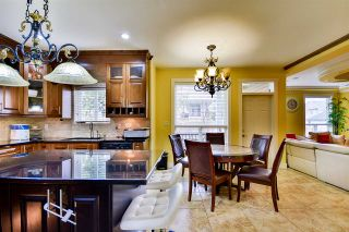 Photo 4: 5920 129A Street in Surrey: Panorama Ridge House for sale : MLS®# R2153275